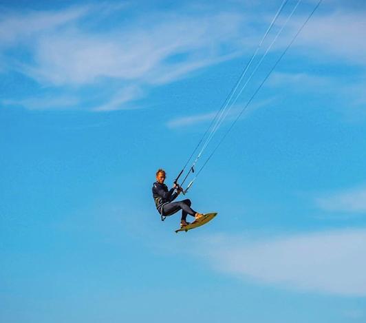 Kitesurf lessons Algarve